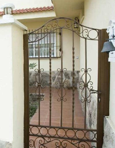 Ironwork doors for foreign entries